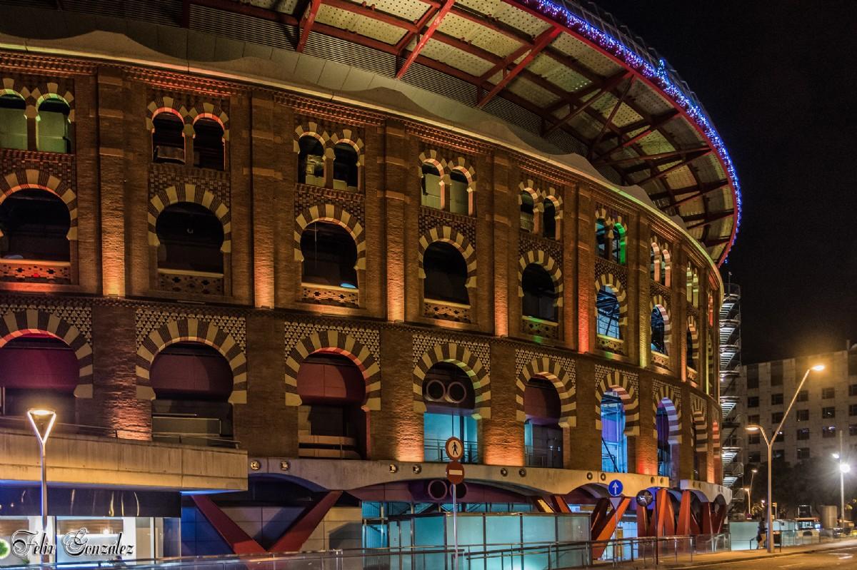 1682 Aspecto Exterior Del Centro Comercial Les Arenes Antes Plaza De Toros Barcelona Por Fèlix González Fotografía Turismo De Observación