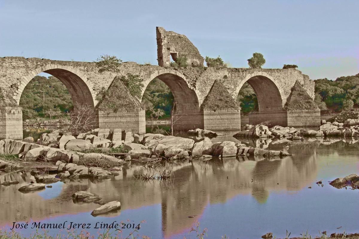 Puente de ajuda entre olivenza y elvas por jos manuel for Oficina de turismo de olivenza